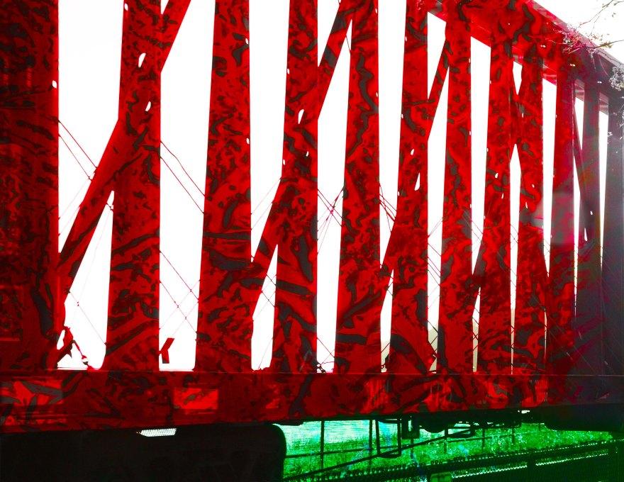 Train Red P4010339 2.jpg